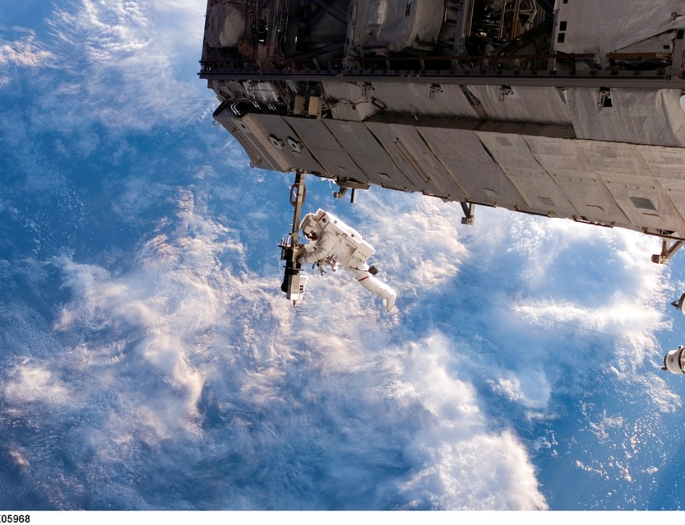 Drone Cimon su base Al Watson a bordo della ISS